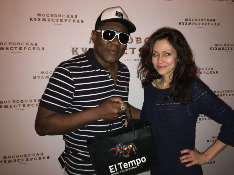 Бренд El tempo предоставила подарки на дне рождения Виктории Пьер-Мари 21