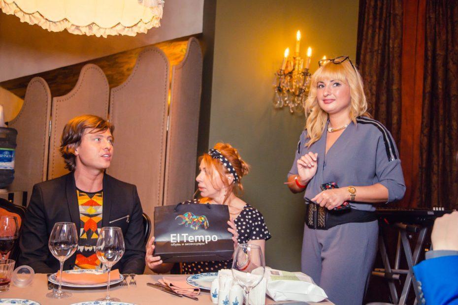 Бренд El tempo предоставила подарки на дне рождения Виктории Пьер-Мари 1