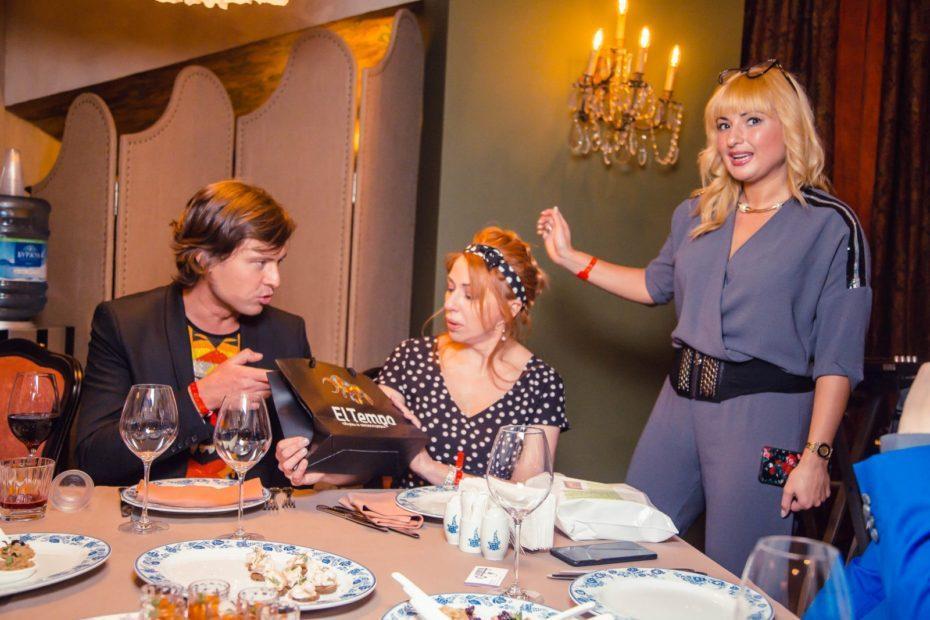 Бренд El tempo предоставила подарки на дне рождения Виктории Пьер-Мари 4