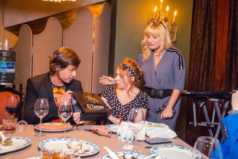 Бренд El tempo предоставила подарки на дне рождения Виктории Пьер-Мари 5