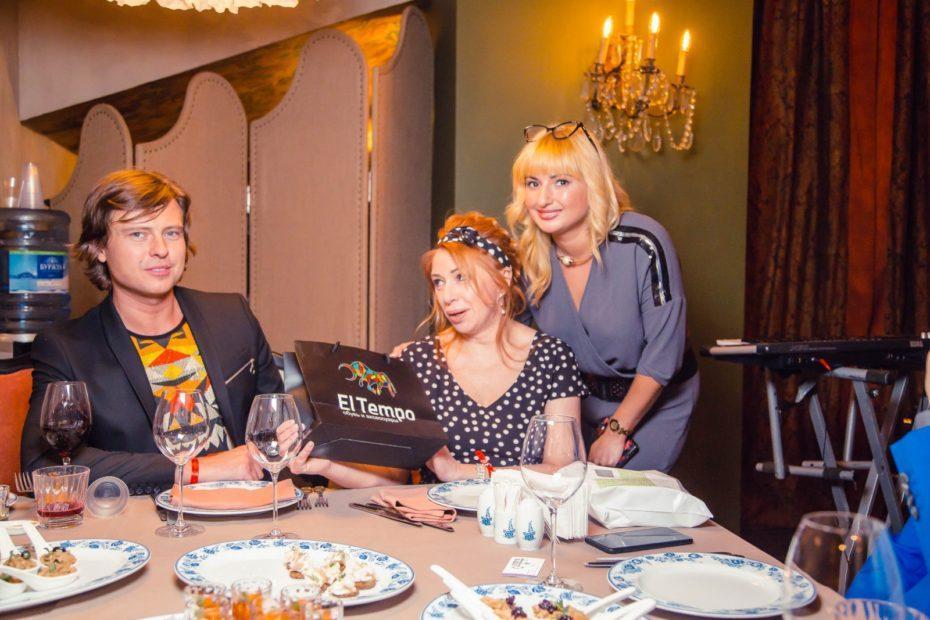 Бренд El tempo предоставила подарки на дне рождения Виктории Пьер-Мари 7